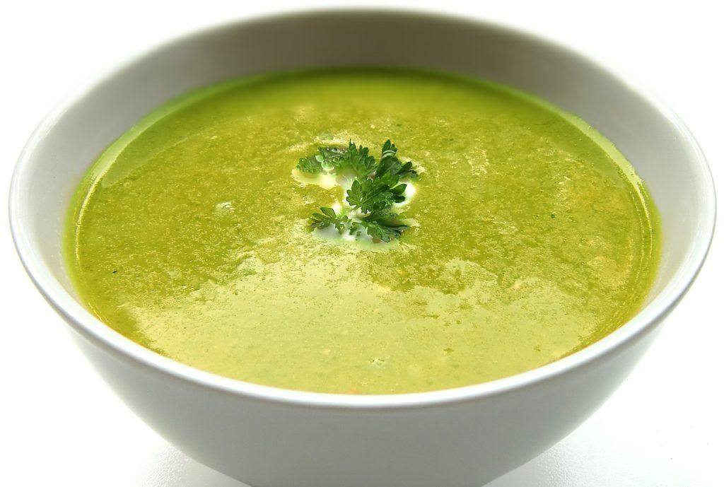 здравословна супа от броколи и гулия