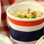 Тайландска пилешка супа с кокосово мляко