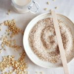 Забавящо стареенето почистващо оризово мляко